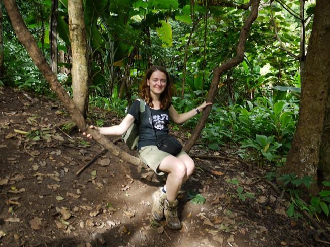 Ania en randonnée dans le nord de la Thailande